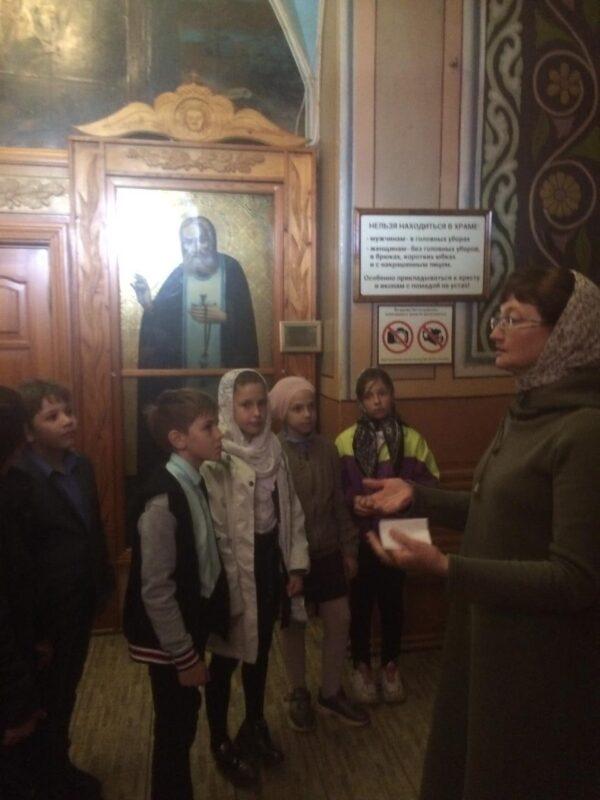 Экскурсии в Преображенский собор и Вознесенскую церковь